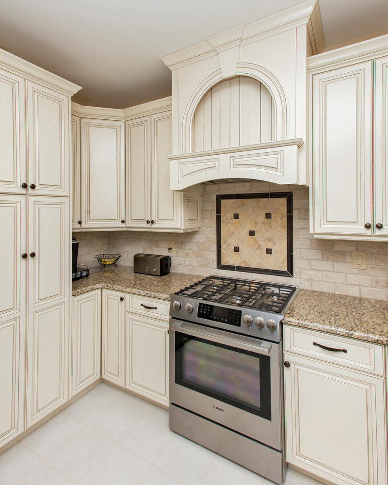 Kitchen Hood: Design Line Kitchens In Sea Girt, NJ