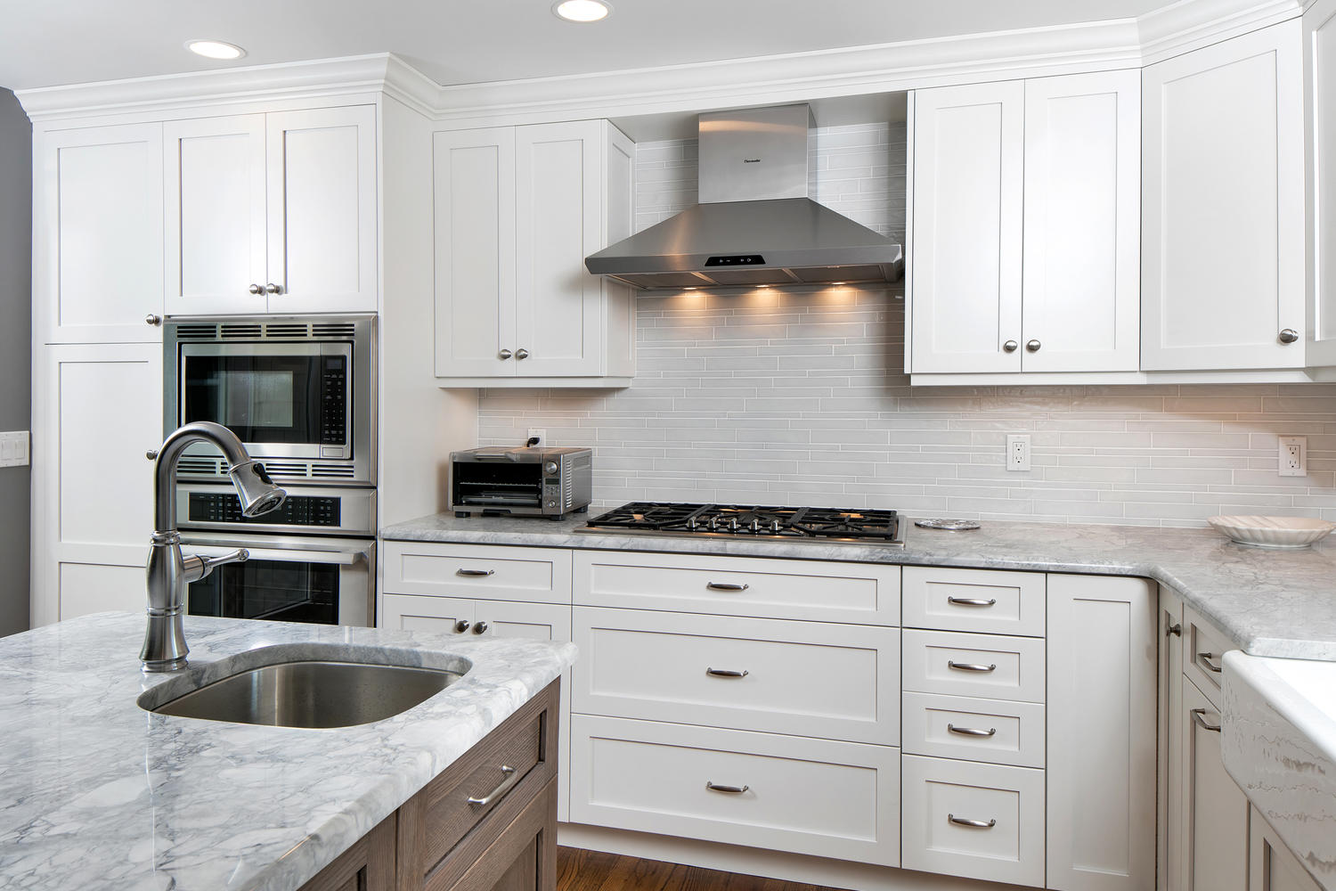 Custom built shaker cabinets sea girt new jersey by design for Custom built kitchen cabinets
