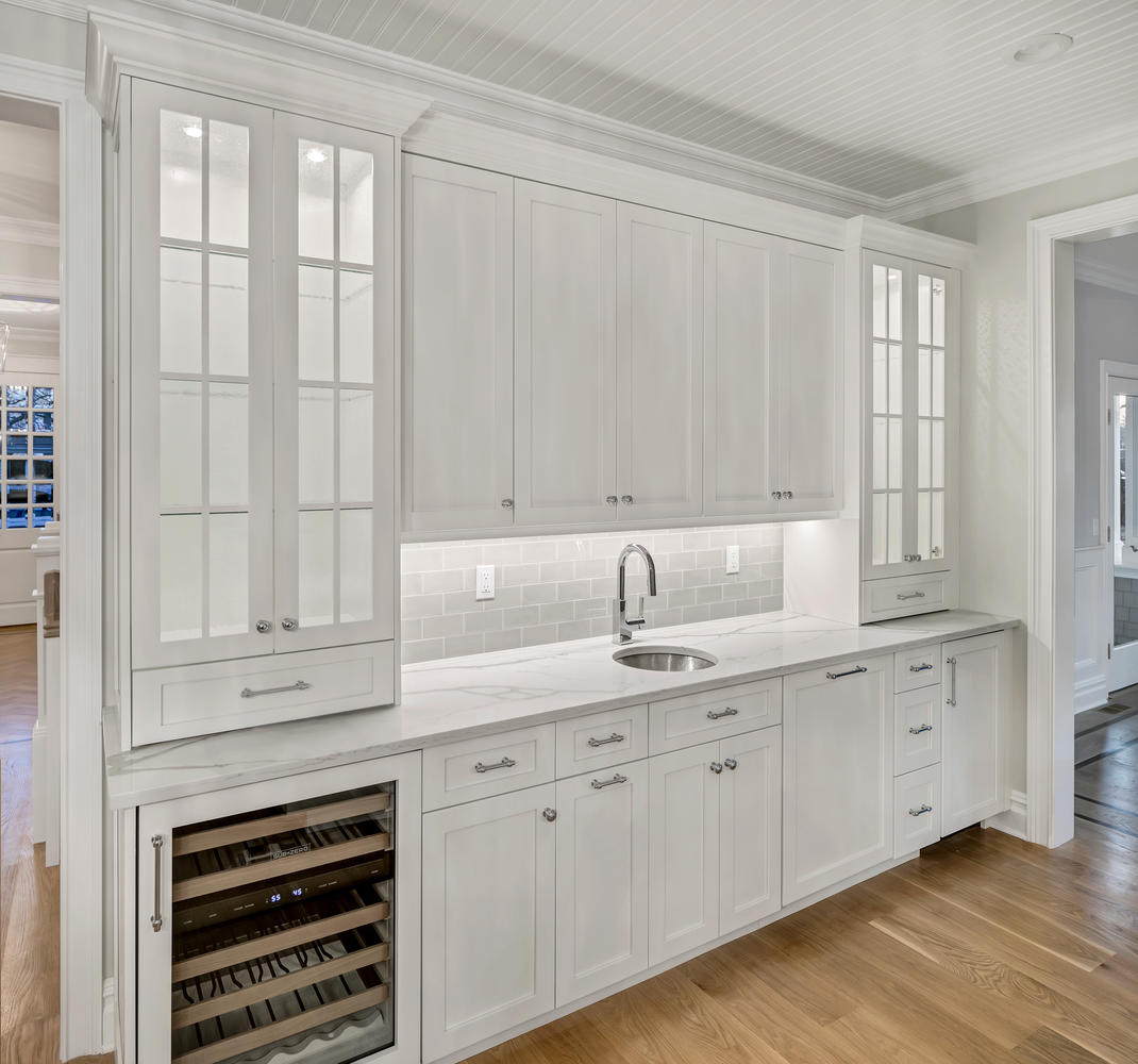 Custom Bars For Homes: Design Line Kitchens In Sea Girt, NJ