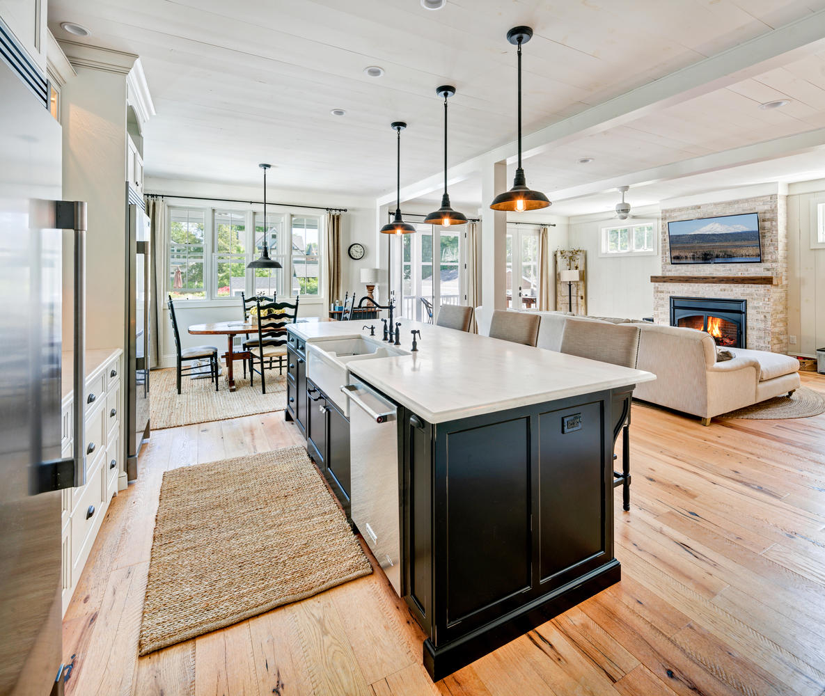 Rustic Open Plan Kitchen: Black And White Kitchen Manasquan New Jersey By Design