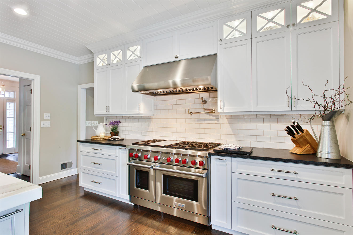 The White Kitchen Perfected Wall Township New Jersey by Design Line ...