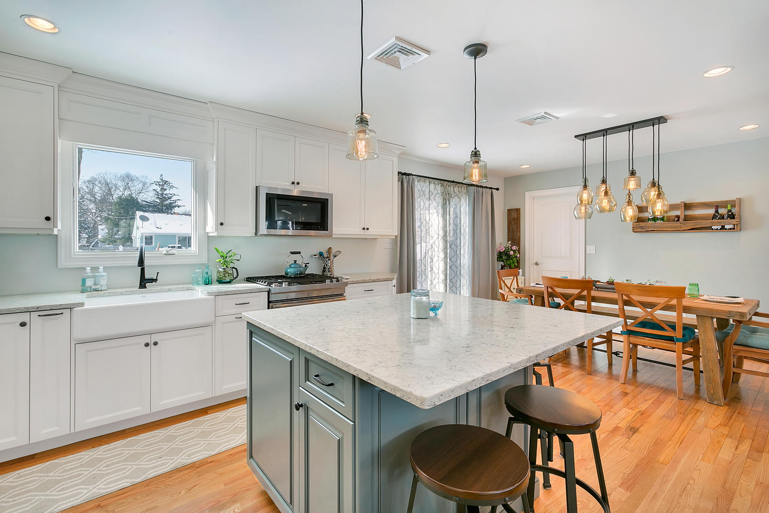 cottage white and blue kitchen point pleasant new jersey by design line kitchens. Black Bedroom Furniture Sets. Home Design Ideas