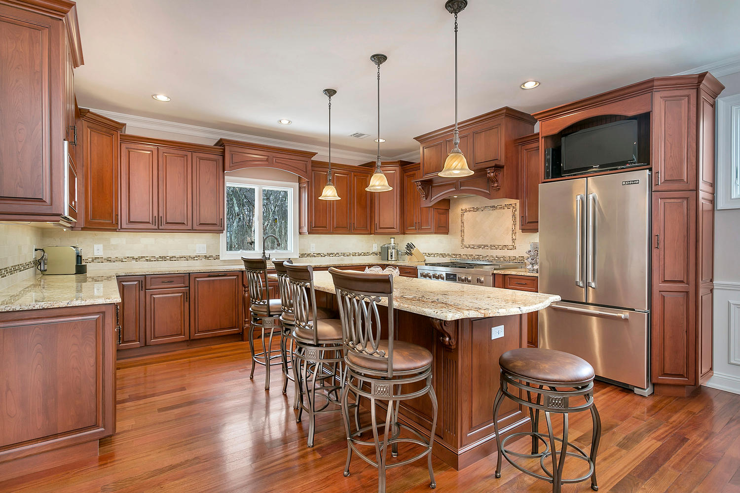 Designing with cherry cabinets brick new jersey by design for 12x12 kitchen ideas