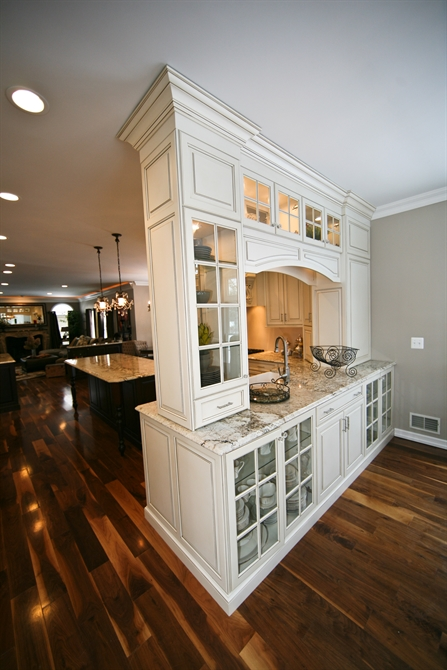 Farm House Kitchens: Perfect Balance Kitchen Wall New Jersey By Design Line