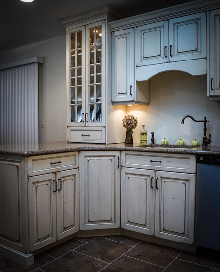 Kitchen And Mud Room Designs In Mercer County Nj: Shabby Chic Distressed Kitchen Brick NJ By Design Line